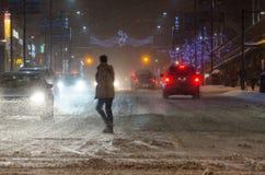 De stad in tijdens een sneeuwval in Toronto Stock Foto