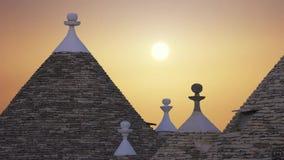 De stad van Alberobello, een commune in de provincie van Bari Italy stock videobeelden