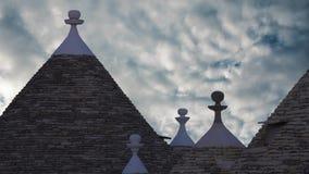 De stad van Alberobello, een commune in de provincie van Bari Italy stock video