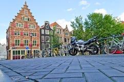 De stad van Amsterdam stock afbeeldingen