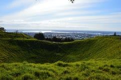 De Stad van Auckland - Volcano Crater Mount Eden Domain Royalty-vrije Stock Fotografie