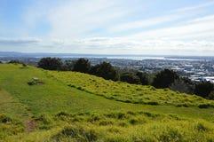 De Stad van Auckland - Volcano Crater Mount Eden Domain Royalty-vrije Stock Afbeelding