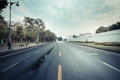 De stad van Bangkok - 29 NOV.: De weg sloot tijdelijk, practic Militairen Stock Afbeeldingen