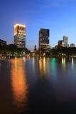 De stad van Bangkok in schemeringtijd Royalty-vrije Stock Afbeelding
