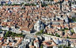De stad van Como, van Brunate-dorp wordt gezien dat royalty-vrije stock afbeeldingen