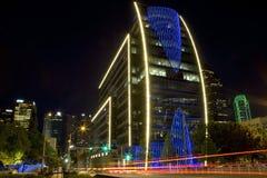 De stad in van Dallas bij nacht royalty-vrije stock foto's