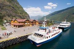 De Stad van de berg in de Fjorden Royalty-vrije Stock Afbeelding