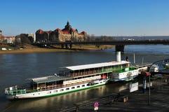 De stad van Dresden heeft grootste de rivier stoom-boot-vloot van Europe's stock foto's