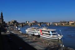 De stad van Dresden heeft grootste de rivier stoom-boot-vloot van Europe's stock foto