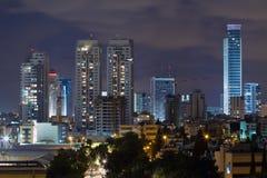 De stad van Gan van Ramat bij nacht. Royalty-vrije Stock Foto's