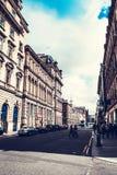 De stad van Glasgow, straten met mensen en toeristen die, 01 lopen 08 2017 Royalty-vrije Stock Foto