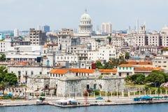 De stad van Havana met inbegrip van beroemde gebouwen stock foto