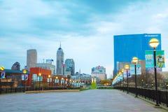 De stad in van Indianapolis stock foto's