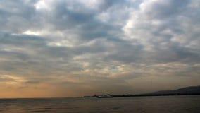 De stad van Izmir, wolken, tijdtijdspanne Turkije stock videobeelden