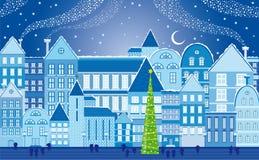 De stad van Kerstmis bij nacht Stock Fotografie