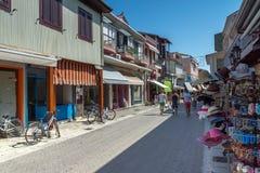 DE STAD VAN LEFKADA, GRIEKENLAND 17 JULI, 2014: Panorama van de stad van Lefkada, Griekenland Stock Foto