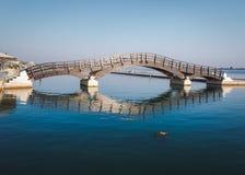 De Stad van Lefkada, 26 Juni, 2017 Houten brug in het eiland van Lefkada, Griekenland Royalty-vrije Stock Afbeeldingen
