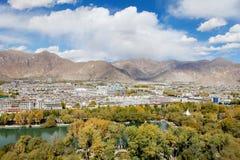 De stad van Lhasa in Tibet Stock Afbeelding