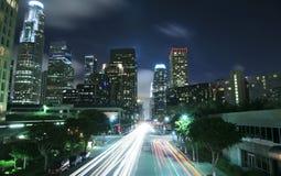 De stad van Los Angeles bij nacht Stock Fotografie