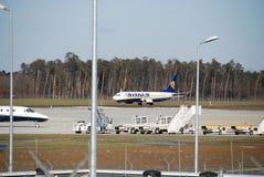 De vlucht van Ryanair van Lublin tot Dublin Stock Afbeelding