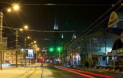 De stad van Lviv van de nachtwinter, de Oekraïne stock foto's