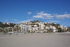 De stad van Malaga, strandmening, Spanje stock fotografie