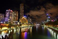 De Stad van Melbourne bij nacht Royalty-vrije Stock Foto