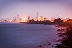 De stad van Melbourne 's nachts - Victoria - Australië royalty-vrije stock afbeelding