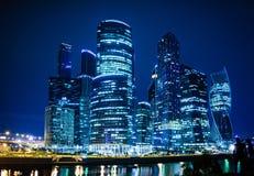 De stad van Moskou bij nacht Royalty-vrije Stock Afbeelding