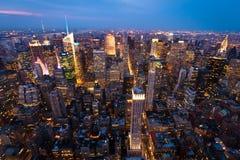 De Stad van New York bij schemer Royalty-vrije Stock Afbeeldingen