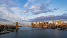De Stad van New York bij zonsopgang Royalty-vrije Stock Foto