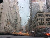 De Stad van New York in de regen Royalty-vrije Stock Afbeeldingen