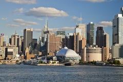 DE STAD VAN NEW YORK, DE V.S. - 24 SEPTEMBER: New York Uptown en Onversaagd Stock Afbeelding