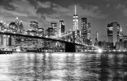 De Stad van New York, financieel district in lager Manhattan met Brookl stock afbeeldingen