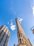 DE STAD VAN NEW YORK - JUNI 2013: Strijkijzer de bouwvoorgevel in Manhattan Stock Fotografie
