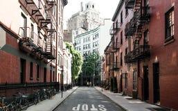 De Stad van New York, NY, de V.S. 05 29 2016 Vrolijke Straat in het Dorp van Greenwich Stock Foto