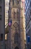 De Stad van New York van de Kerk van de drievuldigheid buiten Stock Fotografie