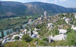 De Stad van Pocitelj op de Rivier Capljina Stock Afbeelding