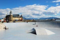 De stad van Puertonatales in Chileens Patagonië - Boulevard Royalty-vrije Stock Fotografie