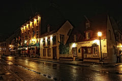 De stad van Quebec bij nacht Stock Afbeeldingen