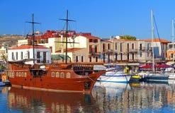De stad van Rethymno bij het eiland van Kreta in Griekenland Royalty-vrije Stock Afbeeldingen