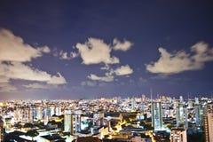 De Stad van Salvador bij Nacht Royalty-vrije Stock Foto's