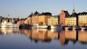 De stad van Stockholm vroege ochtend stock video