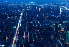 De stad van Taipeh bij nacht Stock Fotografie