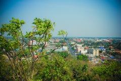De stad van Thailand, een mening van het vogel` s oog van Kanchanaburi royalty-vrije stock foto