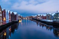 De Stad van Trondheim dichtbij Zonsopgang Royalty-vrije Stock Fotografie