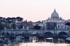 De stad van Vatikaan St Peter Basiliek Panorama van Rome en St Royalty-vrije Stock Foto's