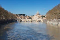 De stad van Vatikaan St Peter `s Basiliek Panorama van Rome en St Royalty-vrije Stock Afbeelding