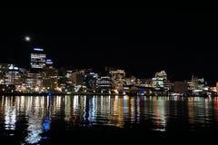 De stad van Wellington bij nacht Stock Afbeelding