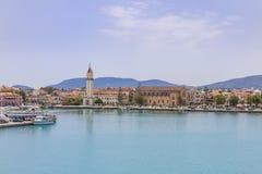 De stad van Zakynthos zoals die van de haven wordt gezien stock foto